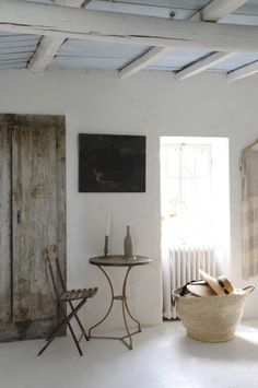 everything French style Kitchen love :: White, wood, tiles 20 Tropical Living Room Design Inspiration. Home Design, Interior Design, French Interior, Design Ideas, Rustic Chic, Modern Rustic, Rustic Decor, Boho Chic, Natural Home Decor