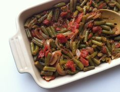 Lebanese Green Beans (Lubee) Recipe with green beans, garlic, onions, olive oil, cumin, cinnamon, pepper, diced tomatoes, stew meat
