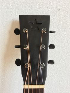 Katoviguitar headstock David Bowie blackstar tribute