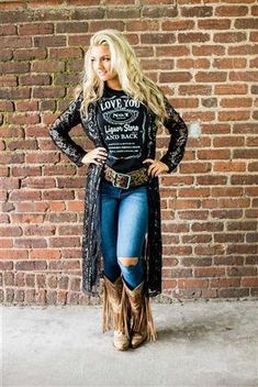 Cute Cowgirl Outfits, Rodeo Outfits, Preppy Outfits, Cute Outfits, Fashion Outfits, Western Girl Outfits, Cowboy Boot Outfits, Preppy Casual, Buckle Outfits