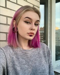 Beatiful People, Pretty People, Labret Piercing, Piercings For Girls, Stretched Ears, Flower Aesthetic, Body Modifications, Body Mods, Pink Hair