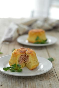 Tortine di patate con prosciutto e formaggio  http://blog.giallozafferano.it/rafanoecannella/tortine-di-patate-con-prosciutto-e-formaggio/