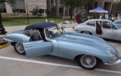 Classic Jaguar XK at the 2009 Frisco, TX Jaguar Car Show.     Nice Jaguar photo found on the web
