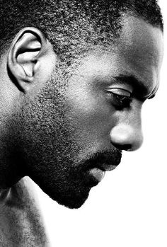 Idris Elba, a brilliant actor and beautiful person. And very handsome Black Is Beautiful, Gorgeous Men, Beautiful People, Idris Elba, Black Men, Black And White, Black Girls, Photo Portrait, Man Portrait