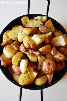 Como hacer patatas asadas en 5 minutos http://www.sweetaddict.es/2014/12/patatas-asadas-en-5-minutos.html