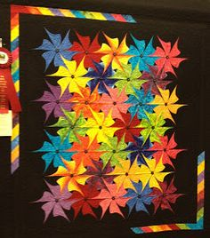 So I promised you some eye candy from the Mountain Quiltfest Show in Pigeon Forge, didn't I?  Warning! This is a very picture-heavy post!!!...