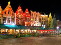Been there, done that! Bruges, Belgium Bill had mussels, I loved the pommes frites here!