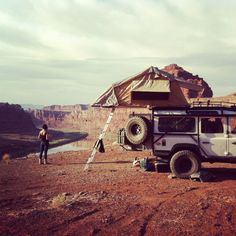Land Rover Defender - camping somewhere in Utah, along the White Rim Trail and the San Rafael Swell Defender 110, Land Rover Defender, Off Road Adventure, Adventure Travel, Adventure Awaits, Land Rovers, Camping Car, Camping Ideas, Camping Site