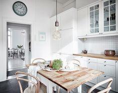 Home decor minimal scandinavian shop uk interior inspiration black white beige . Home Kitchens, Scandinavian Home, Scandinavian Kitchen, Romantic Kitchen, Interior, Home Decor Trends, Kitchen, Trending Decor, Home Decor