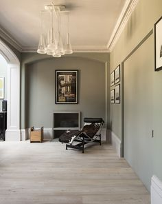 The Cassina LC4 Chaise :-) http://www.nest.co.uk/browse/brand/cassina/cassina-lc4-chaise-longue