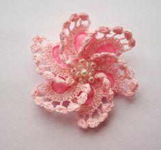 pink crochet brooch pink handmade crochet brooch by SuzieSue1972, £7.50