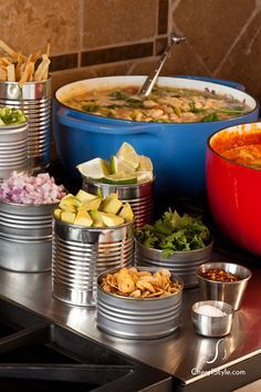Self-serve chili bar - Everyday Dishes & DIY - - Looking for a fun and low maintenance dinner idea? Try this self-serve chili bar at your next get-together. Pozole, Chili Bar Party, Nacho Bar, Slow Cooker Chili, Woodland Party, Soup Bar, Party Food Bars, Chili Cook Off, Gourmet