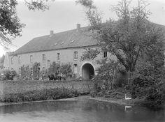 Kasteel Bleijenbeek 1910-1935  Poortgebouw