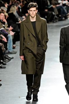 Jeremy Young at Hermes. ¡Molto, Molto, Molto, Chic!