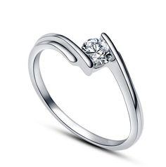 MIMI Zircon Sterling Silver Ring - 4mm Cut :http://mimimoreau.com/product/mimi-zircon-sterling-silver-ring-copy-2/