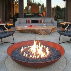 This fire pit was advertised in a magazine I was ready recently, I would have liked one for our pool area. 30 Impressive Patio Design Ideas ideas with fire pit ▷ Ideen für die moderne Terrassengestaltung Fire Pit Bowl, Fire Bowls, Diy Fire Pit, Fire Pit Backyard, Fire Pits, Outdoor Rooms, Outdoor Living, Outdoor Decor, Outdoor Ideas