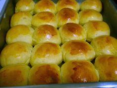 Os Pãezinhos de Mandioca são fofinhos, macios e deliciosos. Você pode fazer para o café e lanche da sua família ou vender em saquinhos. De qualquer maneira