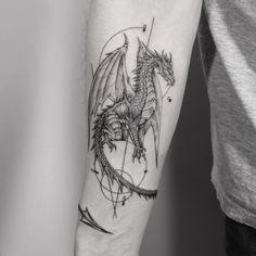 Small Dragon Tattoos, Dragon Tattoo For Women, Chinese Dragon Tattoos, Dragon Tattoo Designs, Tattoo Designs For Women, Dragon Tattoo Shoulder, Dragon Tattoo Man, Dragon Tattoo Placement, Dragon Tattoo Around Arm