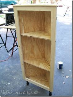 how to make a corner cabinet, perfect for nana's salt and pepper shakers