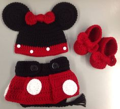 Crochet Minnie Mouse Photo Prop on Etsy, $30.00