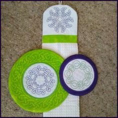 Beautiful Celtic Outlines 3 (Includes ITH Coasters and Towel Topper) Kreative Kiwi Embroidery.