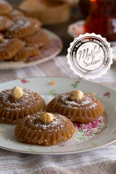 Un Helvası Tarifi Italian Desserts, Köstliche Desserts, Delicious Desserts, Dessert Recipes, Yummy Food, Turkish Sweets, Recipe Mix, Pie Dessert, Turkish Recipes