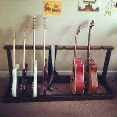 Mulitple Wood Guitar Rack