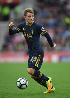 Christian Eriksen Photos Photos - Christian Eriksen of Tottenham Hotspur in action during the Premier League match between Stoke City and Tottenham Hotspur at Britannia Stadium on September 10, 2016 in Stoke on Trent, England. - Stoke City v Tottenham Hotspur - Premier League