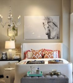 Horse canvas in a little lady bedroom.