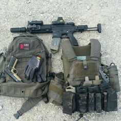 1000 images about load out room on pinterest mp5 guns for Garage ad pertuis