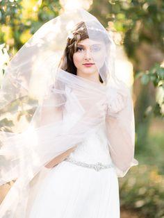 crystal hair vine by La Belle