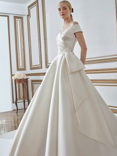 Sareh Nouri Beautiful Wedding Gowns, Fall Wedding Dresses, Bridal Dresses, Elite Bridal, Bridal Suite, Bridal Boutique, Dress Collection, One Shoulder Wedding Dress, Love Always Wins
