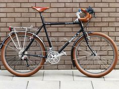 Surly Bikes- Surly Bikes Source by Velo Retro, Velo Vintage, Touring Bicycles, Touring Bike, Cool Bicycles, Cool Bikes, Surly Bike, Urban Bike, Bicycle Maintenance