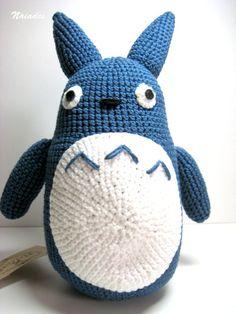Totoro azul (mediano), Crochet, Amigurumis