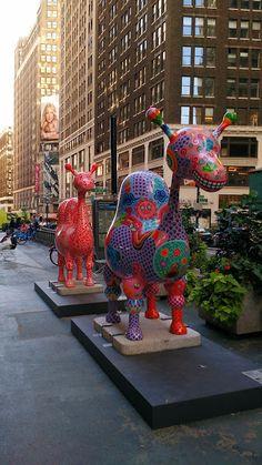 Hung Yi. Fancy Animal Carnival, NYC (Карнавал кольорових звірів на Бродвеї, Нью-Йорк)