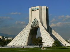 Azadi Tower - Teheran, Iran. Read more: http://www.imperatortravel.com/2012/10/iran-parallel-universes-in-the-old-persia-episode-4-teheran.html
