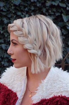 23 Quick and Easy Braids for Short Hair Short Bob with French Lace Braid Longhairstyles, fakeupfix, Quick Braids, Cool Braids, Braids For Short Hair, Short Hair Cuts, Amazing Braids, Small Braids, Short Pixie, Bob With Braid, Easy Hair Braids