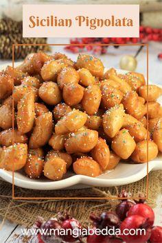 A Christmas Eve tradition, Sicilian pignolata also known as honey balls! #pignolata #honeyballs