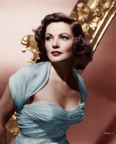 Old Hollywood Actresses, Hollywood Glamour, Hollywood Stars, Classic Hollywood, Gene Tierney, Cinema Actress, Ideas Geniales, Famous Movies, Classic Movies