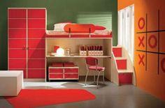 orange rote einrichtung im jugendzimmer schreibtisch bett schrank