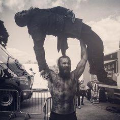 He ain't heavy...He's my brother #Vikings  #Season3Shananigans