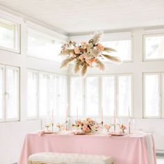 Beautiful hanging floral installation. Styling & florals: Mevent / Photo: Camilla Bloom Camilla, Wedding Styles, Florals, Bloom, Table Decorations, Weddings, Furniture, Beautiful, Home Decor
