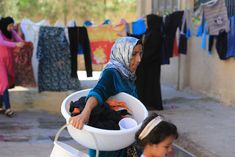 In pictures - Water shoratges and poor sanitation in displaced communities - IFRC North Africa, Community, Water, Pictures, Gripe Water, Photos, Grimm