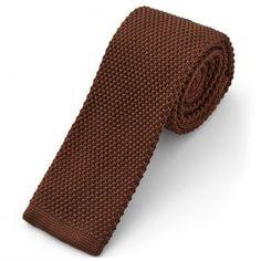 Cravatta color cioccolato lavorata a maglia