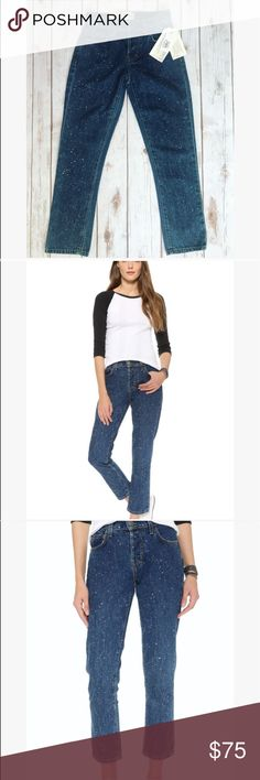 💗 Current Elliott vintage straight leg jeans 💗 💝 Beautiful Current Elliott vintage straight leg ankle jeans 👖 these are new with tags and I have size 23 and 24 available 💝 let me know if you have any questions 💗💝 Current/Elliott Jeans Ankle & Cropped