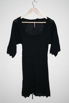 Vintage Style Woman's Fashion Designer Embroidered Acryl Black Top Tunic Size M