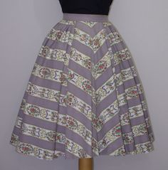 Elegantly Beautiful springtime perfect 1950s striped floral print circle skirt. #vintage #1950s #skirts #fashion #Easter