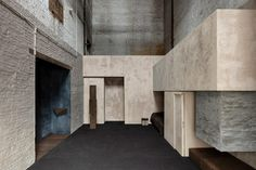 Multidisciplinary practice Studio Corkinho has completed Still Room, a monastic space inside a 19th-century Antwerp building where individuals can escape for peaceful contemplation. Brick Architecture, Sacred Architecture, Architecture Student, Japanese Architecture, Le Corbusier, Brown Leather Chairs, Forest Design, Exhibition, Arched Windows