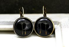 Real Dandelion Earrings - Make A Wish. Dried dandelion seeds in resin on black background. Dandelion jewelry for her. Unique Earrings, Dangle Earrings, Dandelion Seeds, Make A Wish, How To Make, French Clip, Nickel Free Earrings, Diy Fashion Accessories, Jewelry For Her
