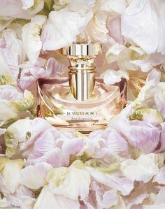 Bvlgari Rose Essentiel. Bergamot and orange precede Turkish rose, orange blossom and jasmine.